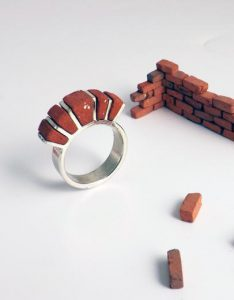 perfect brick ring